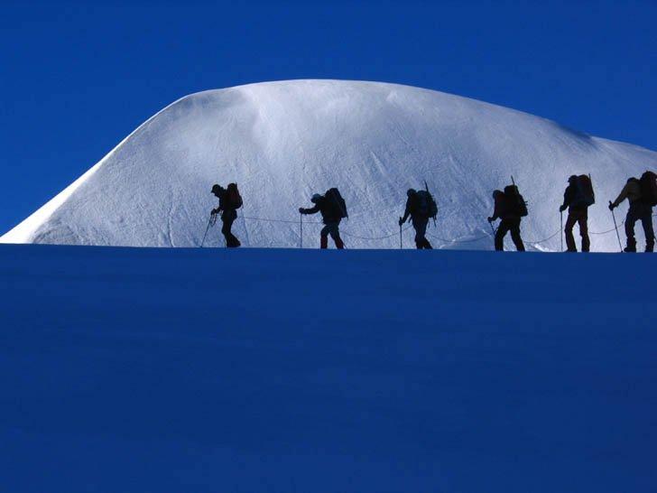 Cordata sul ghiacciaio