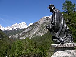 Monumento a Julius Kugy