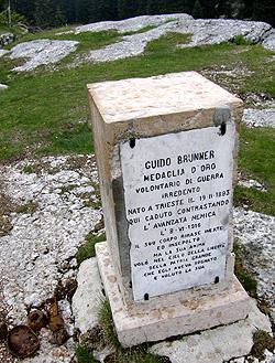 Cippo a ricordo di Guido Brunner