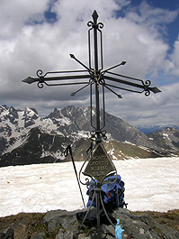 La croce di vetta del monte Crostis