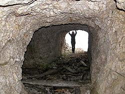 Caverne sotto la cima