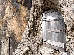 """La Porta ingresso Galleria """"Flavio Rosso"""" - ramo A"""