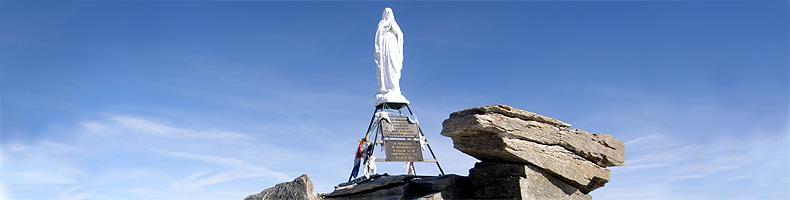 La Madonnina in cima del Gran Paradiso