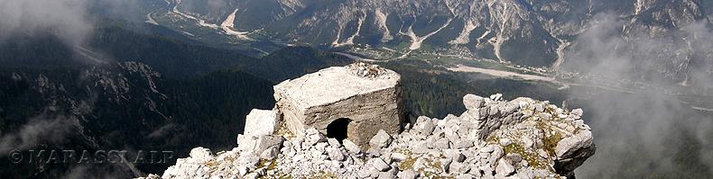 Bunker sulla cima del Jôf di Miezegnòt