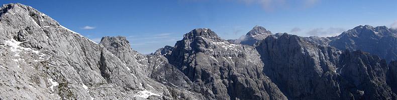 Panorama dal Prisojnik verso il Razor e il Tricorno