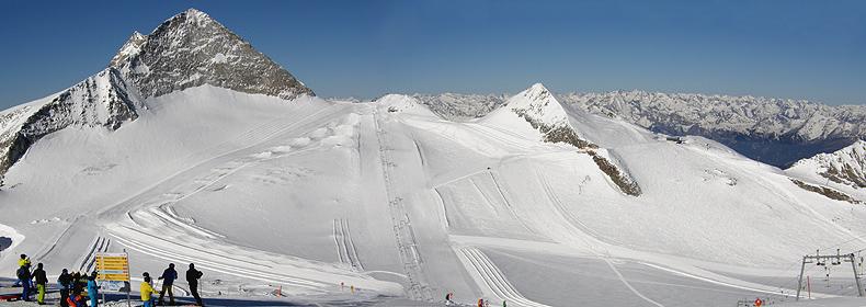 Panorama sulle piste del ghiacciaio di Hintertux