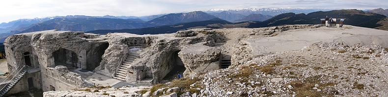 La cima del monte Verena ed il Forte